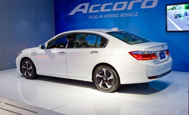 Новый Honda Accord Hybrid