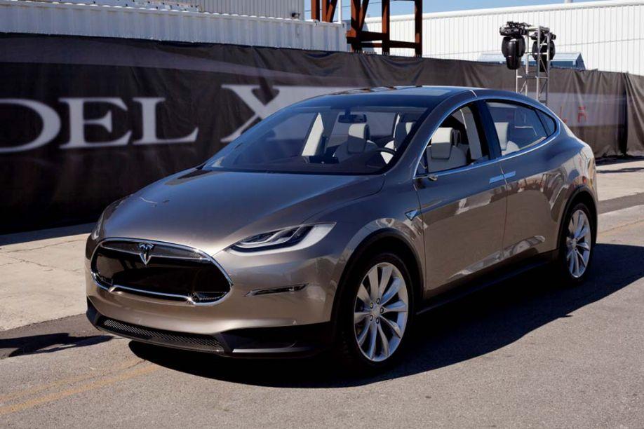 Кроссовер Tesla Model X похвастал защитой от ...